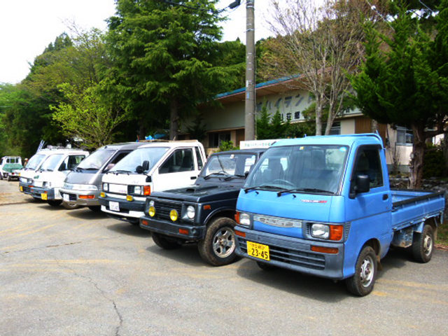 管理事務所車両